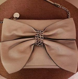 Elle statement bow silver/ bone crossbody bag